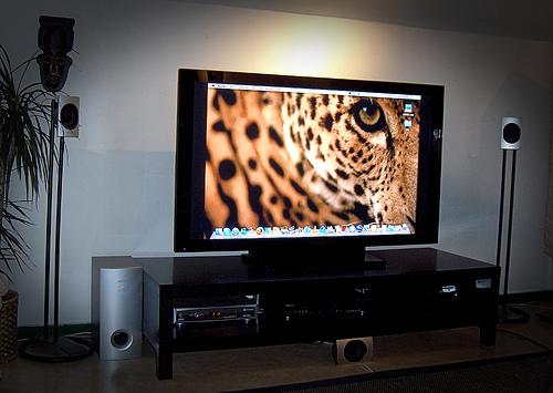 Kućno kino -perverzno doba Pioneer%20Kuro%20plasma%20TV